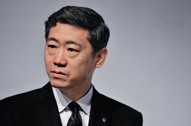 图为清华大学中国与世界经济研究中心(CCWE)主任李稻葵