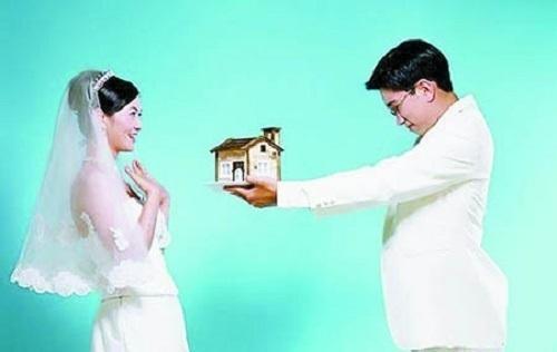 """婚前若签订""""忠诚协议"""",法院或许会判决过错方""""净身出户"""""""
