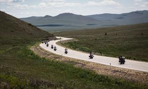 【鹅眼】16名中国人骑摩托穿越西伯利亚
