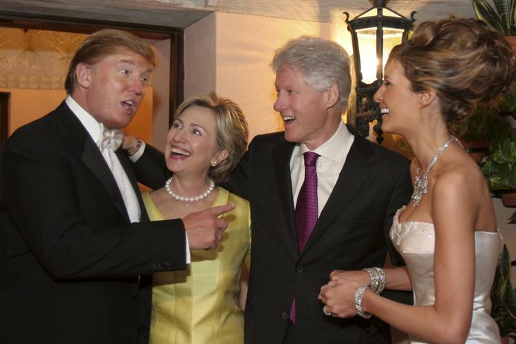 2005年,克林顿夫妇出现在特朗普的婚礼上