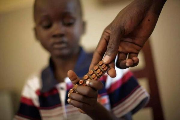 世卫组织估计,2015年印度至少有300多万的新增结核病病例