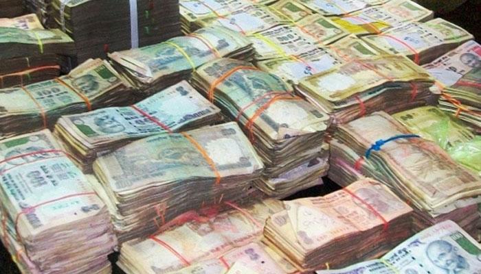 印度流通市场上存在着大量的假币、黑钱