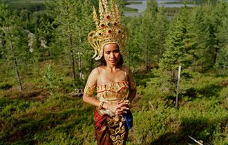 【在线影展】皇后之国:泰国新娘在瑞典