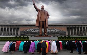 【图话】朝鲜的造像产业