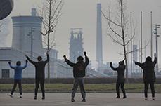 【图话】雾雾霾何处来?去河北钢铁重镇看一看