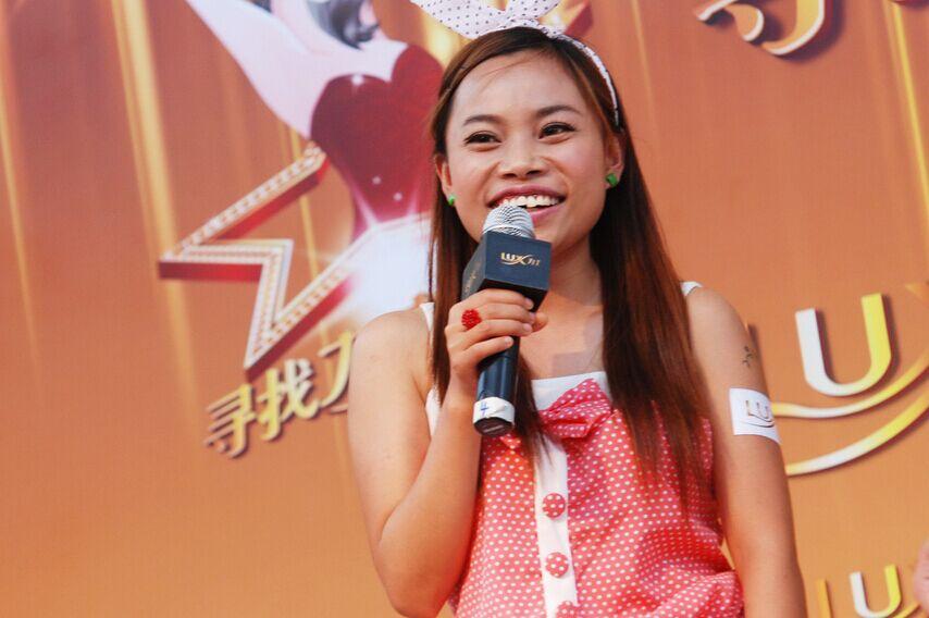 2010年7月10日,上海,某洗发水举行的选秀活动。CFP供图
