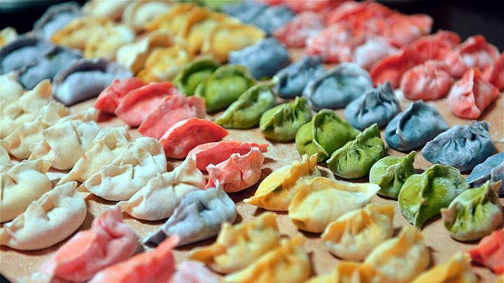 搞机年夜饭特辑:面条机擀的饺子皮还有年味吗?