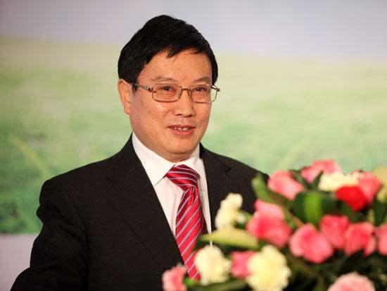 杨再平:主要照应实体经济转型升级而适时微调的货币政策