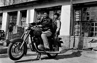 【在线影展】家庭相册里的西藏往事