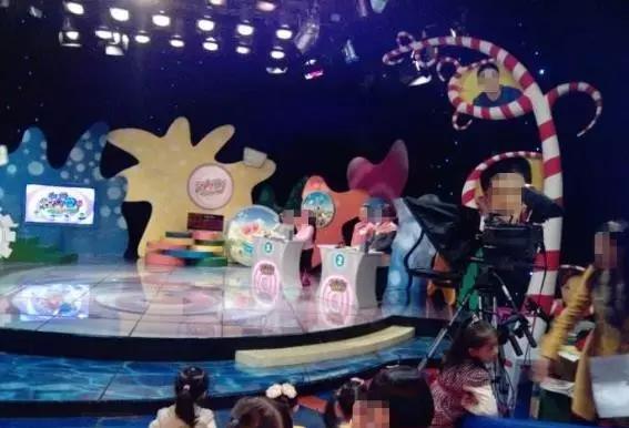 童星培训公司都会允诺孩子上节目 图片出处:孟大明白