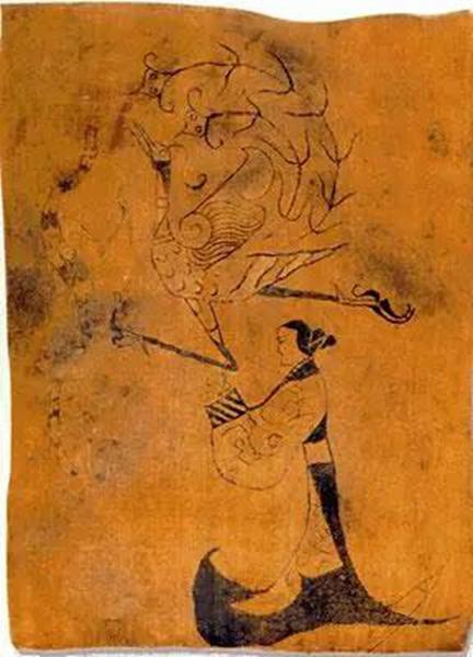 马王堆楚墓出土的《人物龙凤帛画》