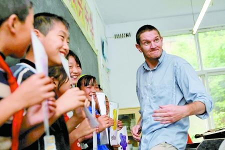 新闻资料图:中国中学里的外教
