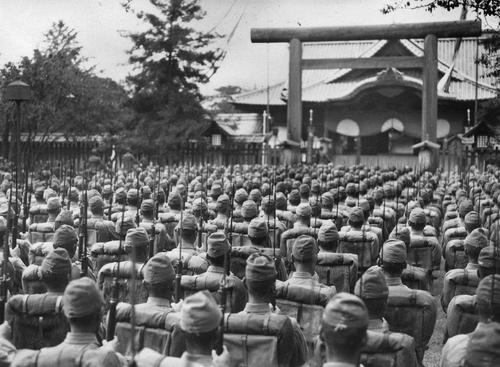 二战中的靖国神社