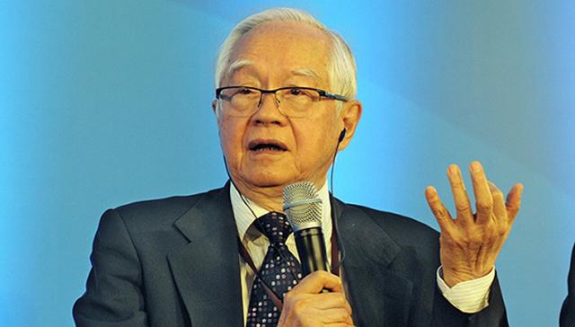 图为国务院发展研究中心研究员  吴敬琏
