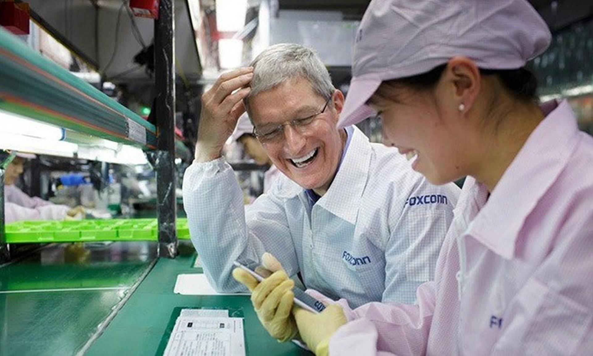库克领导的苹果,在关怀供应链工人、解决环保问题等方面投入很大,已经成为苹果公司新的标签
