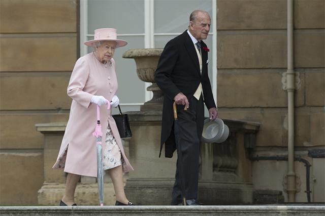 英国女王伊丽莎白二世和菲利普亲王