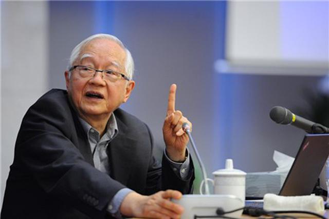 图为国务院发展研究中心研究员,著名经济学家吴敬琏