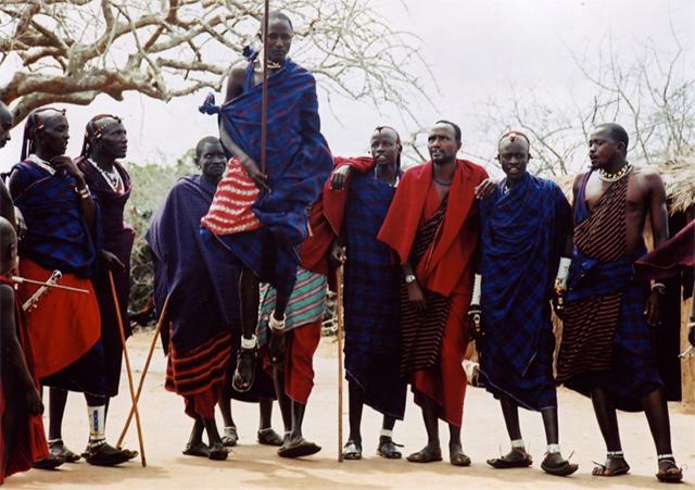 马赛人传统舞蹈