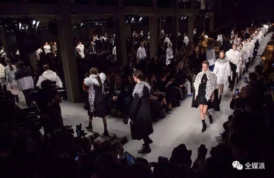 Burberry 2017二月系列时装秀