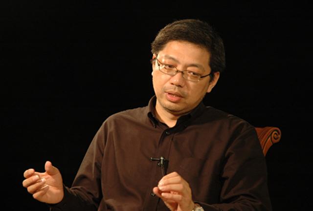 图为中国银行业协会首席经济学家巴曙松