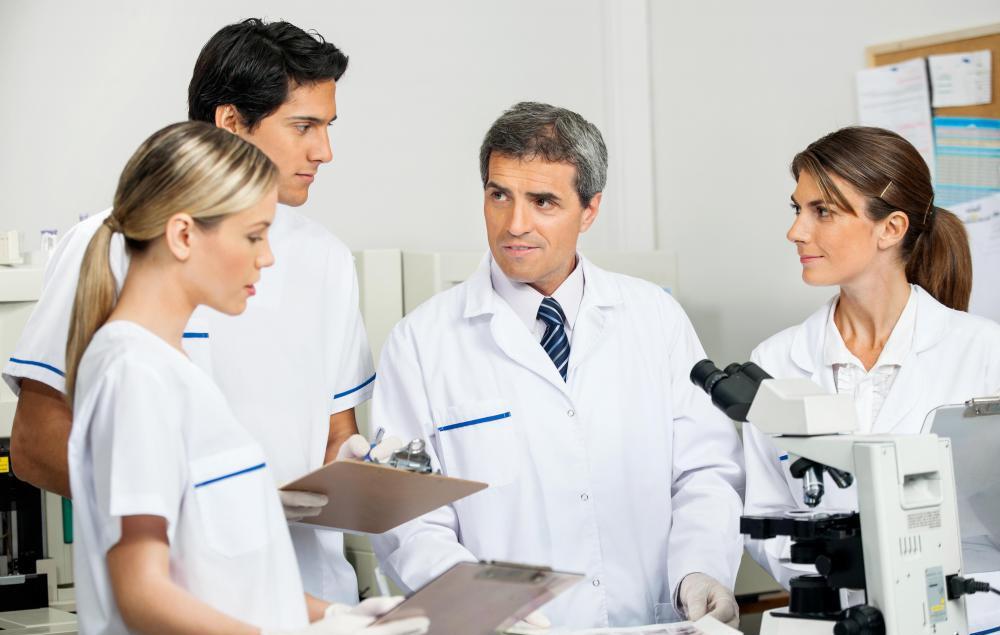 中国的医生专培制度主要效仿的是美国