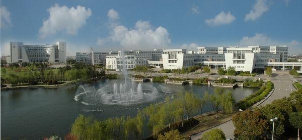 美丽壮观的上海大学,多年前就以校园建设著称