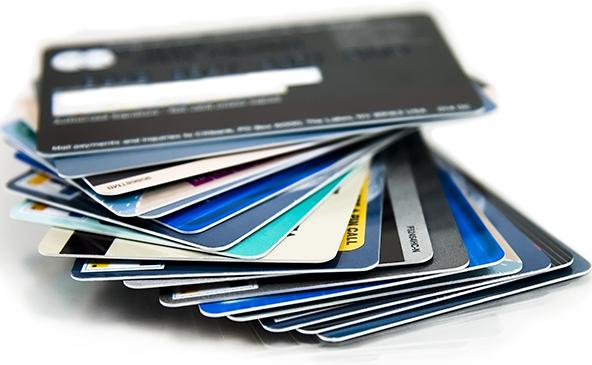 银行卡这些隐形费用取消了,你能省多少钱?