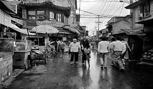 【在线影展】盼拆与怕拆:北京胡同的变迁