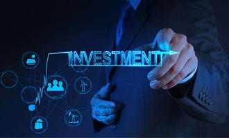 李少君:主题投资窗口期至 五大方向欲亮剑