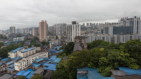 """重庆新桥""""城中村"""":边缘、世俗、生长与希望"""