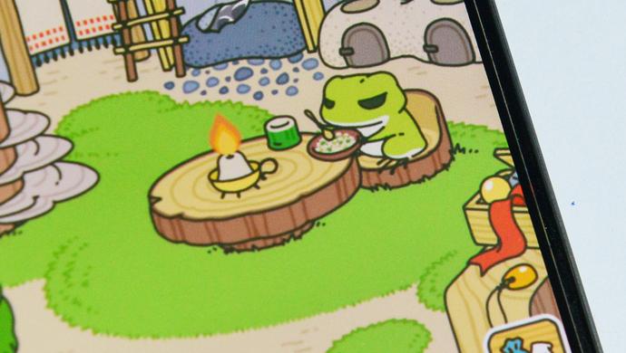 """最近流行的游戏《旅行青蛙》""""满足""""了许多女孩养娃的需求"""