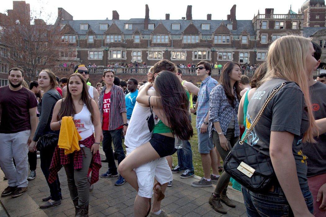 """""""禁欲教育""""未能推迟美国青少年初次性行为的年龄"""