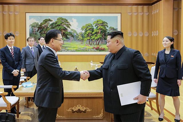 金正恩在平壤会见韩总统特使团