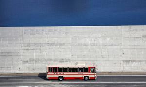 【鹅眼】日本建12米高墙防海啸 居民称好像住监狱