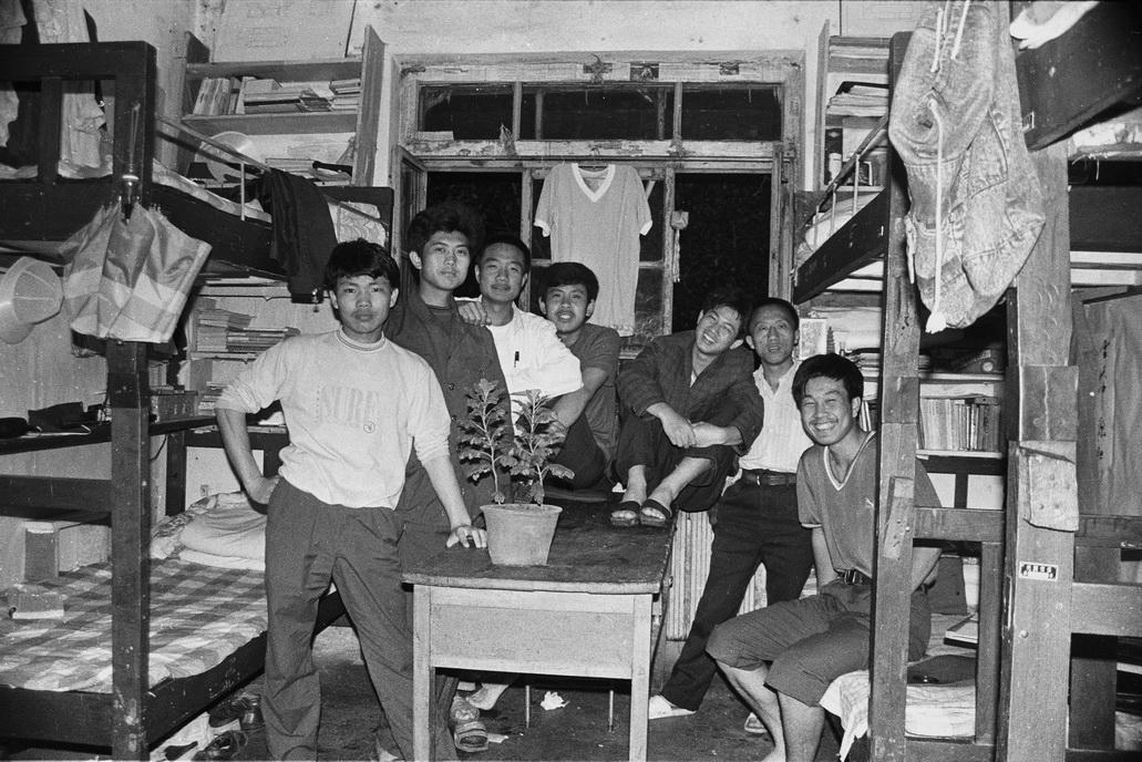 【在线影展】我的大学 放肆的黑白影像与厚重的90年代