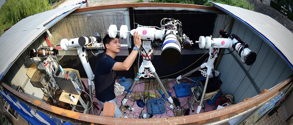 记者辞职建私人天文台 中国唯一NASA木星射电观测点就在他家