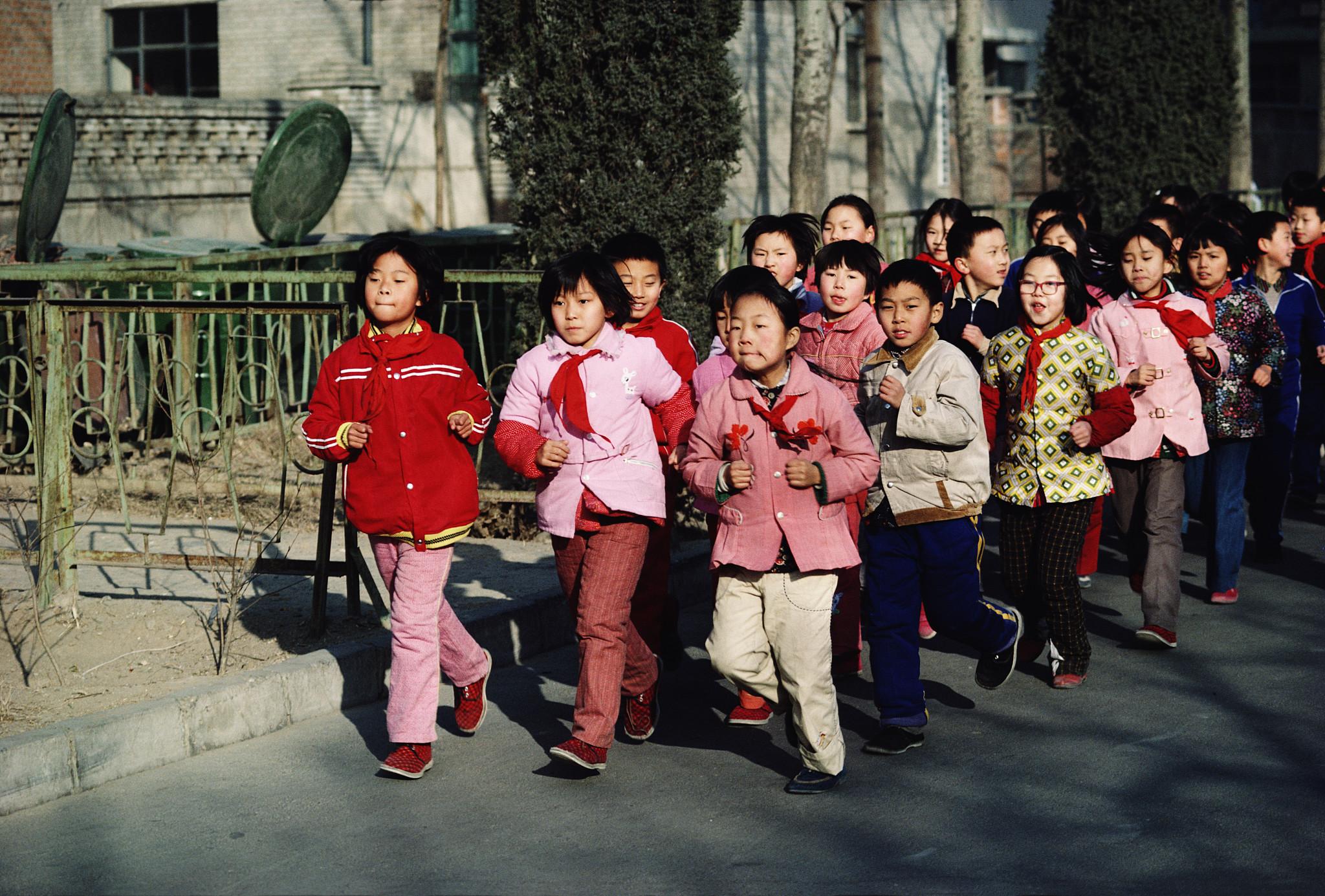 昨天的中国:法国摄影师拍下纯朴的八九十年代