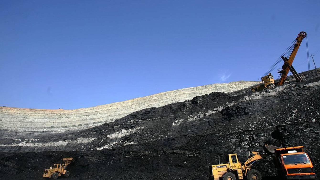 在一些国家,煤炭业不仅没有萎缩,还在复兴