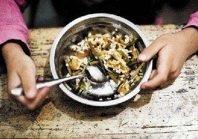 2011年,浙江1个教育局长12个校长收学生餐回扣落马