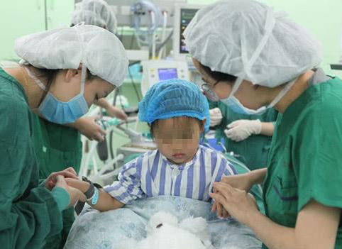 3岁小女孩也能患乳腺癌?