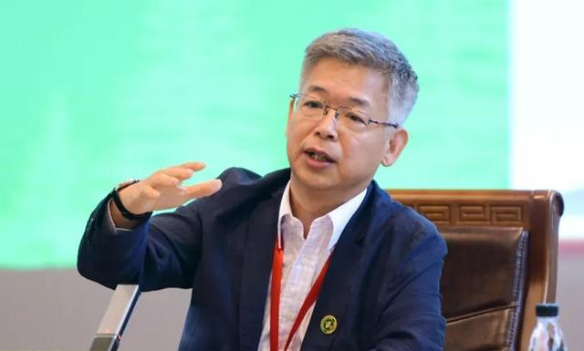 黄益平:中国金融抑制政策,已对经济增长产生负面影响