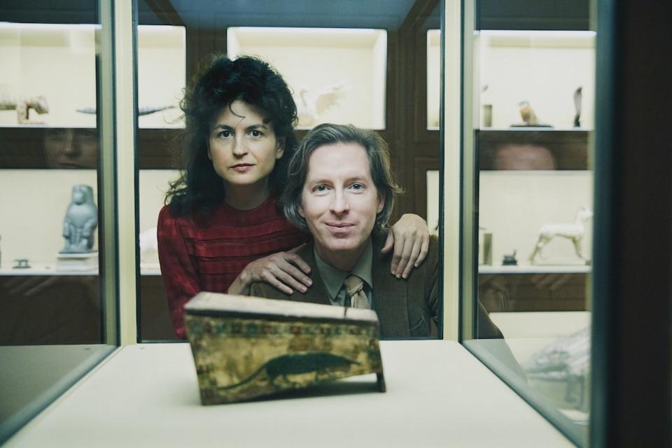 古埃及木棺前的韦斯¡¤安德森夫