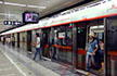 据说这里是让广州白领最崩溃的地铁站!