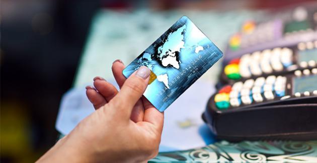 银联信用卡VS全币种信用卡 境外刷卡哪个更划算?