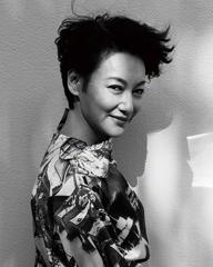 惠英红时尚写真摩登复古