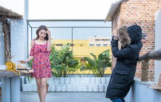 24岁反季节模特为父母在上海买房