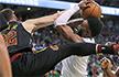 NBA五佳球:小南斯拦网式封盖 罗齐尔助飞霍福德