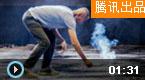 蔡国强用爆破纪念十月革命