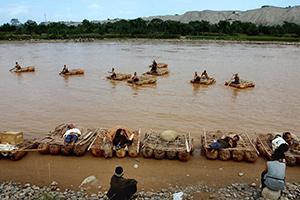 黄河上的羊皮筏子 千年历史的摆渡工具