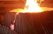 雅加达亚运会开幕!印尼羽球皇后王莲香点燃圣火